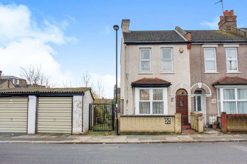 3 Bedrooms Terraced House for sale in Cross Road, Enfield EN1