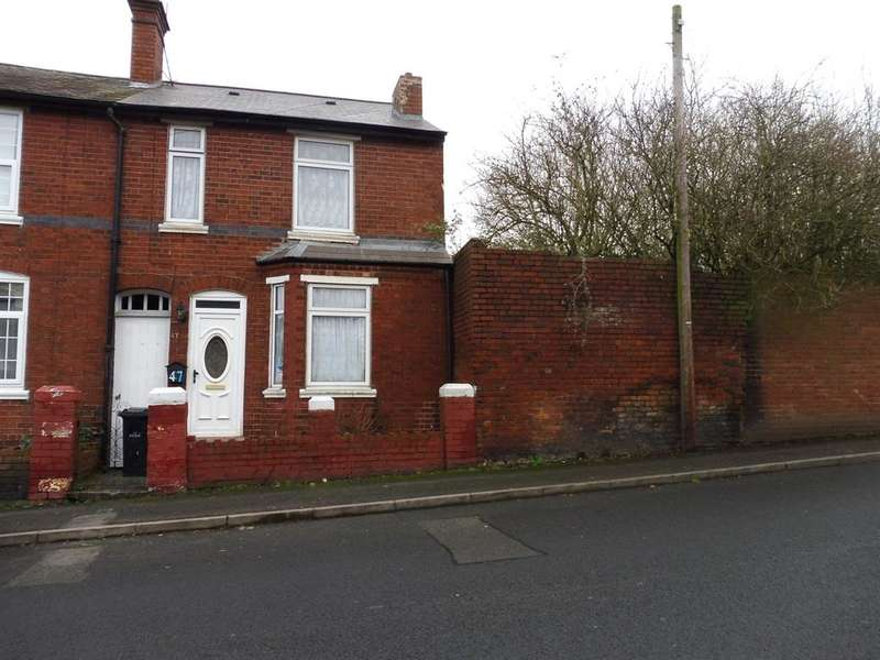 3 Bedrooms Semi Detached House for sale in Parkway Road, Dudley, DY1