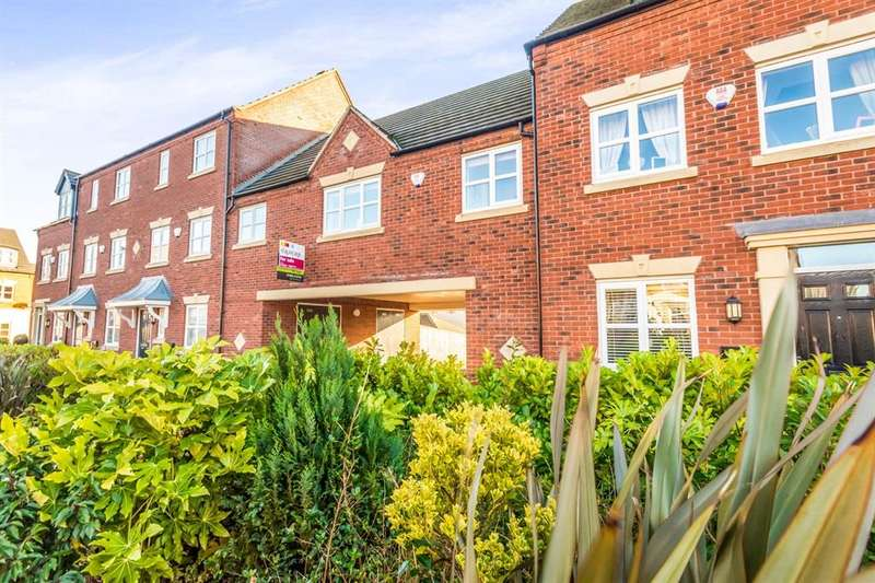 2 Bedrooms Detached House for sale in Charles Hayward Drive, Wolverhampton, WV4
