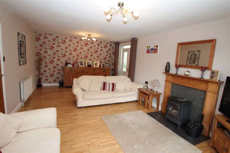 4 Bedrooms Detached House for sale in Snows Green Road, Shotley Bridge, Consett