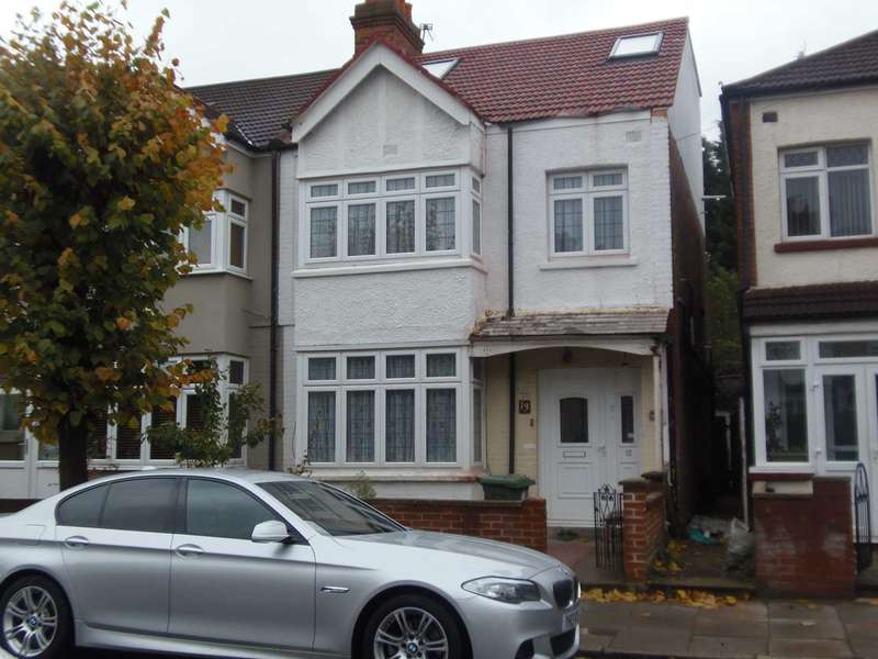 3 Bedrooms Terraced House for sale in Albert Road, Mitcham