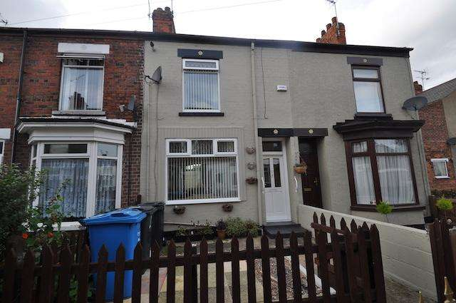 2 Bedrooms Terraced House for sale in Strathcona Villas, Ceylon Street, Hull, HU9 5RF