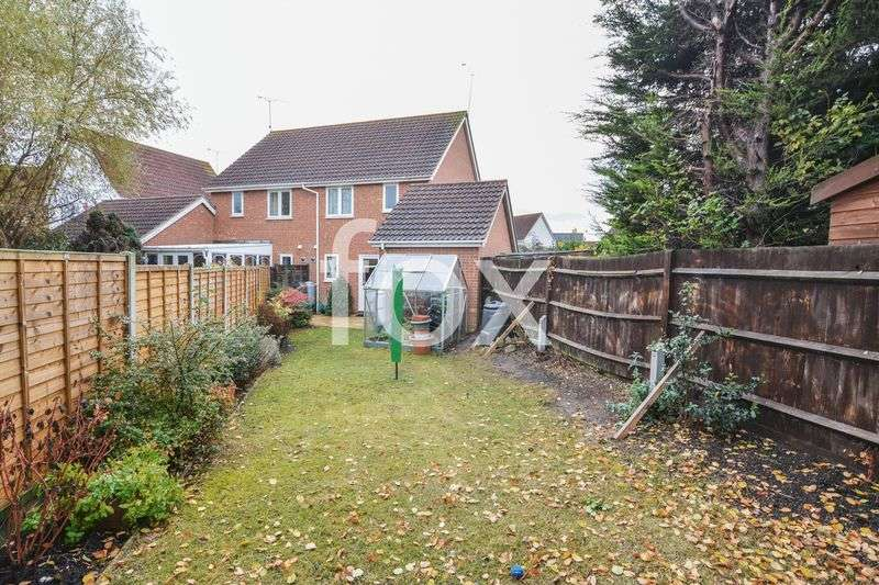 3 Bedrooms Semi Detached House for sale in Sovereign Close, Rochford