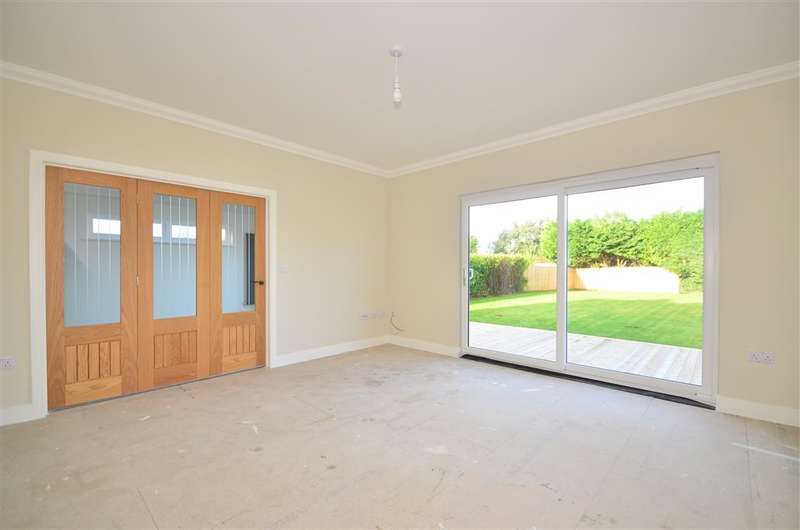 4 Bedrooms Detached House for sale in Forest Road, Winford, Sandown, Isle of Wight