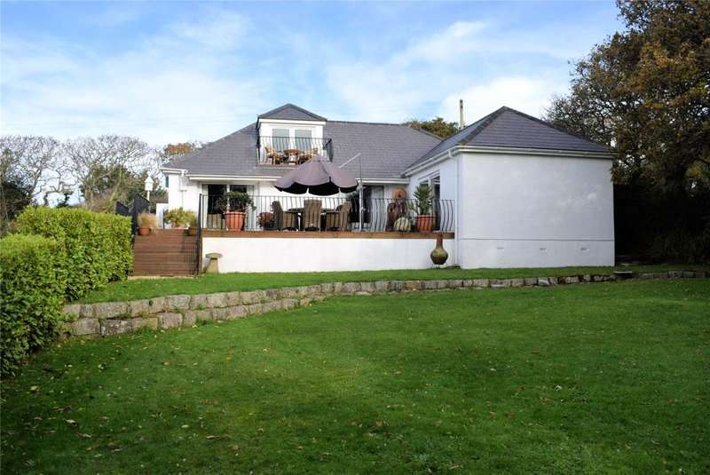 4 Bedrooms Detached House for sale in Bonallack Lane, Gweek, Near Helston