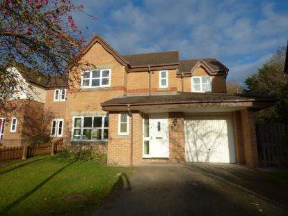 4 Bedrooms Detached House for sale in Howards Close, Penyffordd, Chester, ., CH4