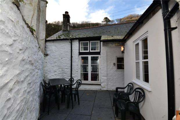 3 Bedrooms Detached House for sale in Fore Street, Polperro, Looe, Cornwall