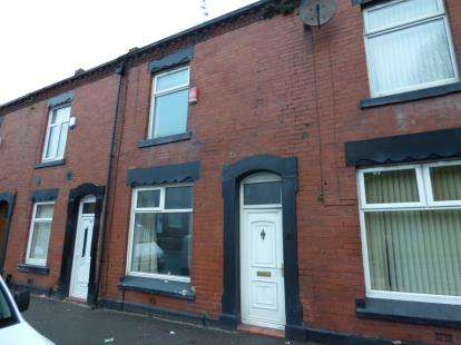 3 Bedrooms Terraced House for sale in Huddersfield Road, Oldham, Greater Manchester