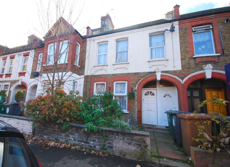 2 Bedrooms Flat for sale in Kettlebaston Road, Leyton, E10