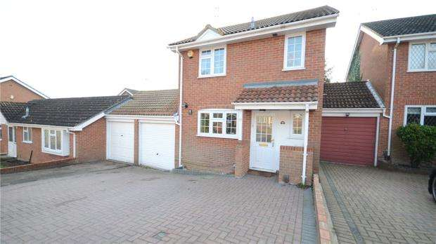 3 Bedrooms Link Detached House for sale in Felthorpe Close, Lower Earley, Reading