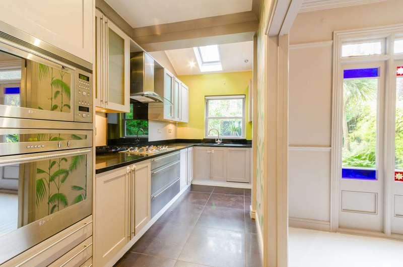 4 Bedrooms House for sale in Coleridge Road, Crouch End, N8