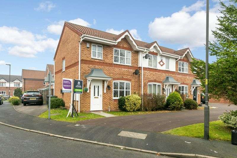 3 Bedrooms Terraced House for sale in Winsmoor Drive, Hindley, WN2 3SP