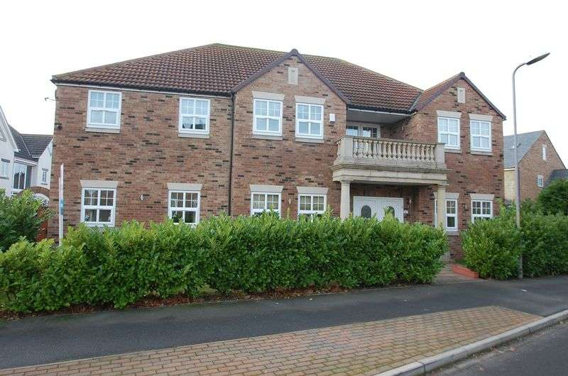 6 Bedrooms Detached House for sale in Brantingham Drive, Ingleby Barwick, Stockton-On-Tees