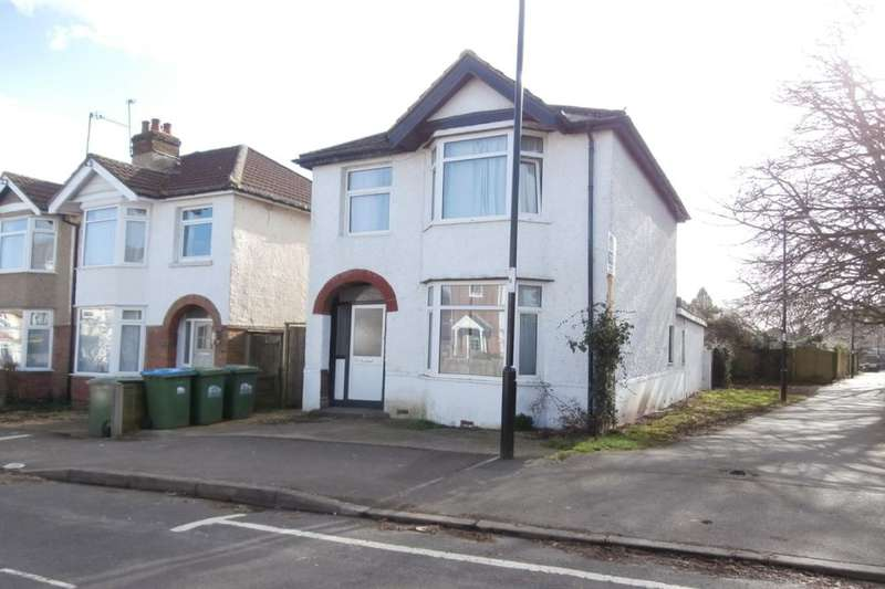 6 Bedrooms Semi Detached House for rent in Kitchener Road, Southampton, SO17