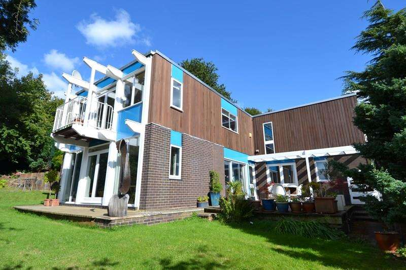 5 Bedrooms Detached House for sale in Mapperley Gardens, Moseley, Birmingham