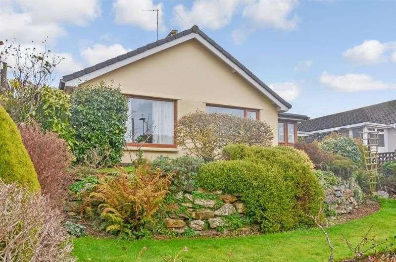 3 Bedrooms Detached Bungalow for sale in Lansdowne Park, Totnes