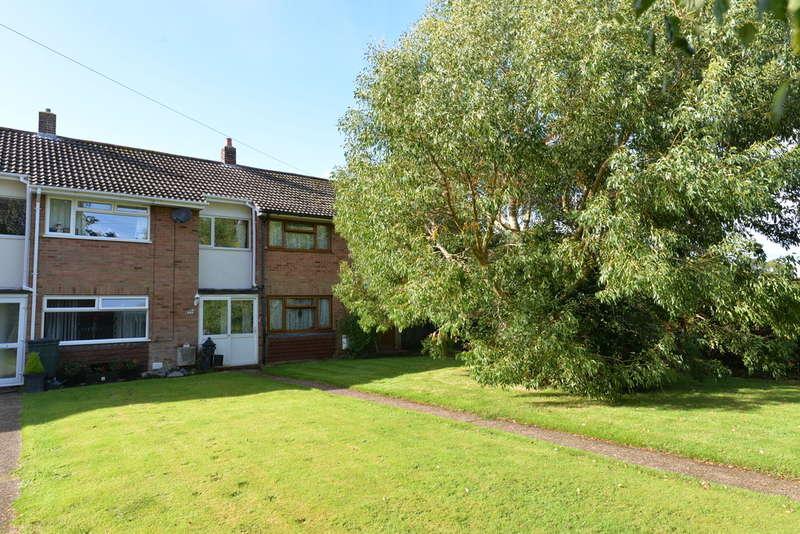 3 Bedrooms End Of Terrace House for sale in Sheldrake Gardens, Hordle