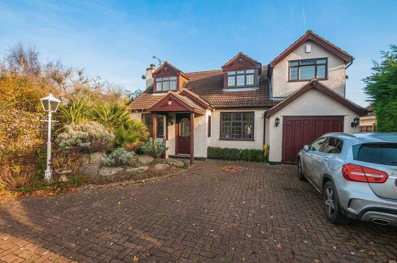 3 Bedrooms Detached House for sale in Cherry Garden Lane, Maidenhead