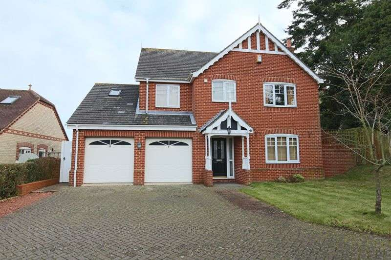 4 Bedrooms House for sale in Cotmer Road, Lowestoft
