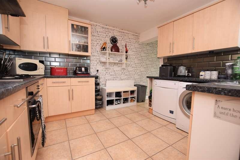 3 Bedrooms Terraced House for sale in Newbridge Road
