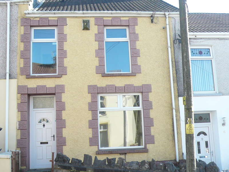 4 Bedrooms Terraced House for sale in Morlais Street, Dowlais