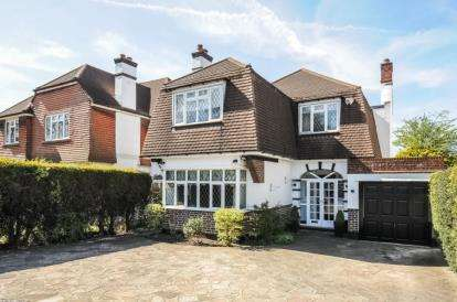3 Bedrooms Detached House for sale in Hayes Lane, Beckenham