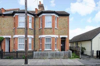 2 Bedrooms House for sale in Herbert Road, Bromley