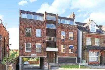 1 Bedroom Flat for sale in Ravensbourne Road, Bromley