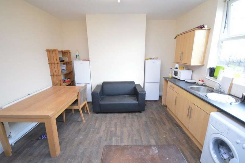 7 Bedrooms Terraced House for rent in Wharncliffe Road, Sheffield, S10