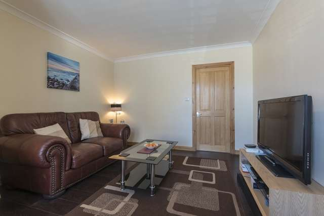 2 Bedrooms Ground Flat for sale in Grant Street, Burghead, Elgin, Moray, IV30 5UE