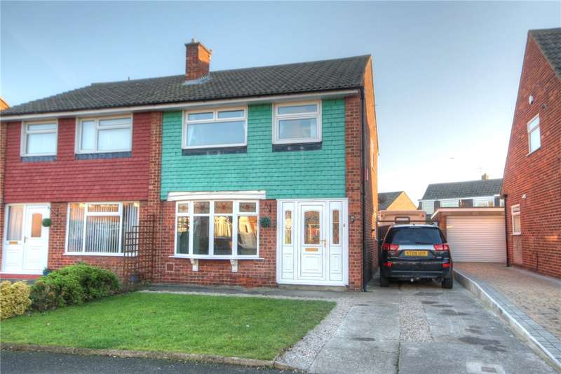 3 Bedrooms Semi Detached House for sale in Flamingo Close, Darlington, County Durham, DL1