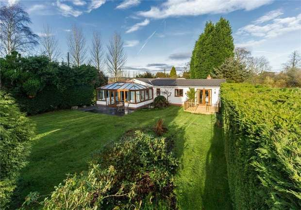 4 Bedrooms Detached Bungalow for sale in 39 Park Lane, Shifnal, Shropshire