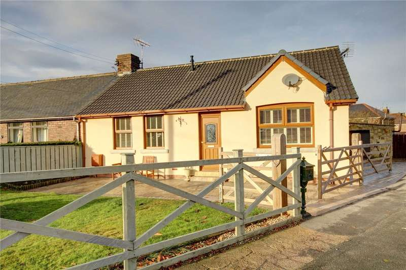 3 Bedrooms Semi Detached Bungalow for sale in Finings Avenue, Langley Park, Durham, DH7