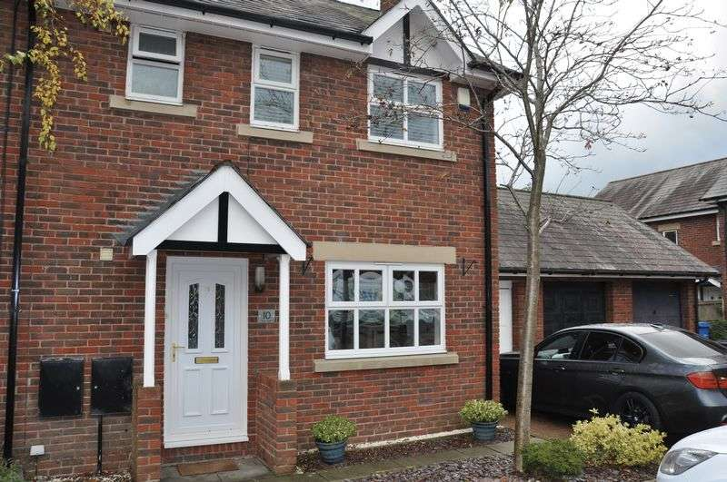 3 Bedrooms Semi Detached House for sale in Spring Mews, Chorley