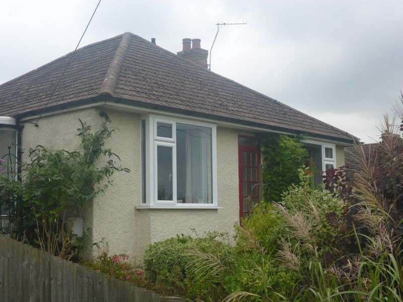 3 Bedrooms Detached House for sale in Etchinghill