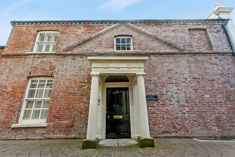 2 Bedrooms Apartment Flat for sale in High Street, Winchester, SO23