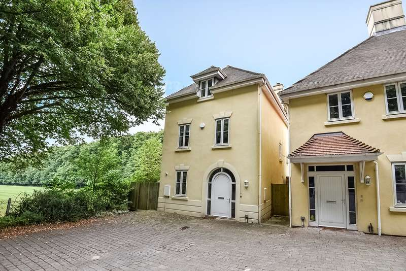 4 Bedrooms Detached House for sale in Chilbolton Avenue, Winchester, SO22