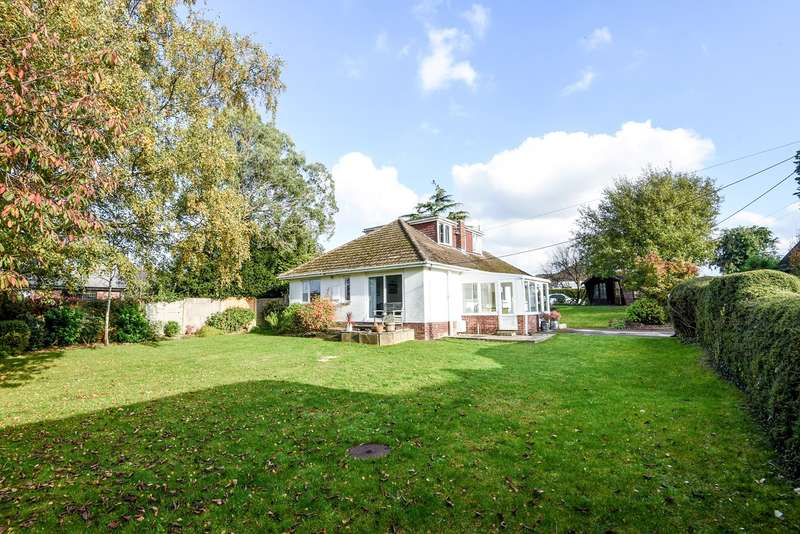 4 Bedrooms Detached House for sale in Old Kennels Lane, Winchester, SO22