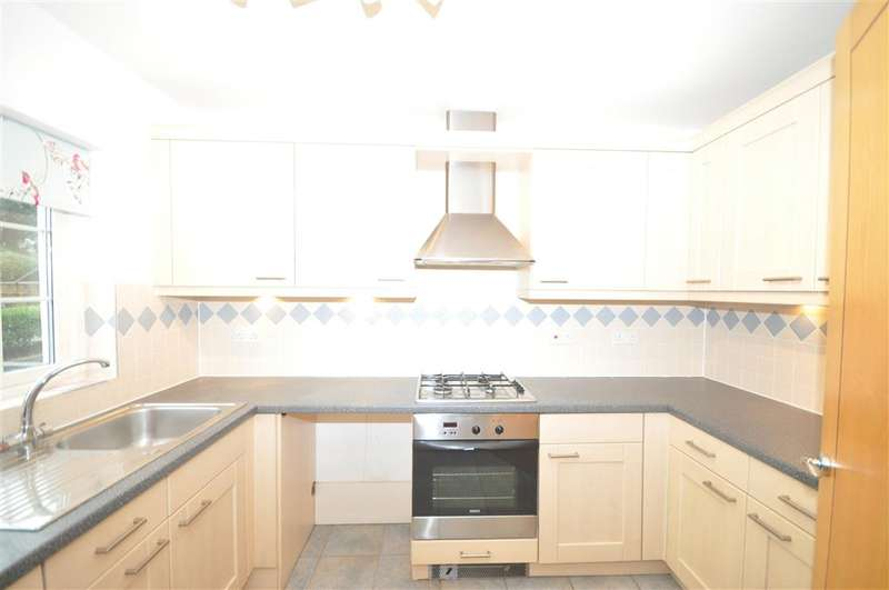 2 Bedrooms Terraced House for sale in Royal Esplanade, Pegwell, Ramsgate, Kent