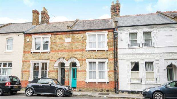 3 Bedrooms Terraced House for sale in Alexandra Road, Windsor, Berkshire