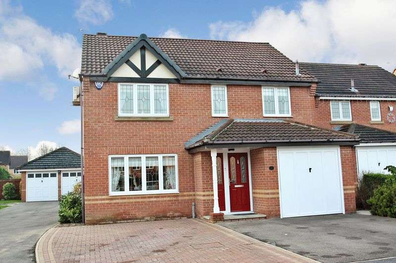4 Bedrooms Detached House for sale in Cavendish Avenue, Pontefract