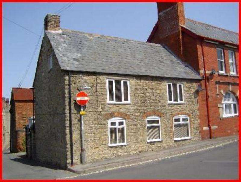 3 Bedrooms Semi Detached House for sale in 21 Ferndale Street