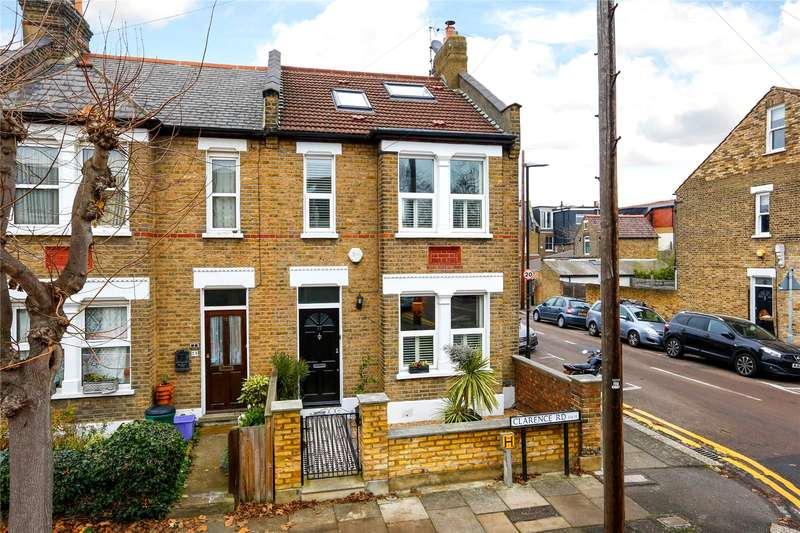 3 Bedrooms Semi Detached House for sale in Clarence Road, London, SW19