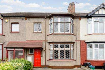 3 Bedrooms Terraced House for sale in Ilford, Essex