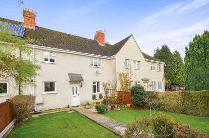 3 Bedrooms Terraced House for sale in First Avenue, Dursley, Gloucestershire, England