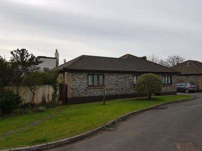 3 Bedrooms Bungalow for sale in Pendoggett, St. Kew, Bodmin