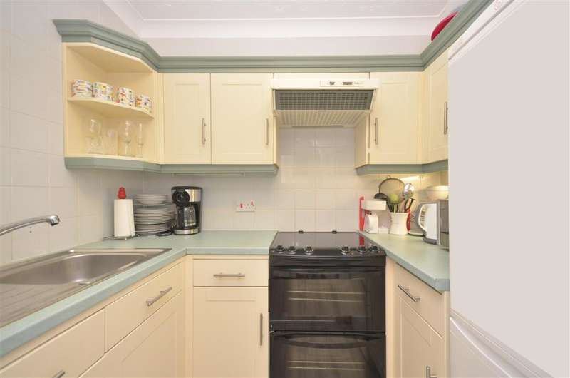 1 Bedroom Apartment Flat for sale in Egypt Esplanade, Cowes, Isle of Wight