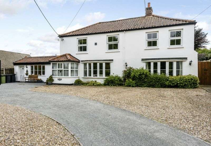 9 Bedrooms Detached House for sale in The Street, Norwich