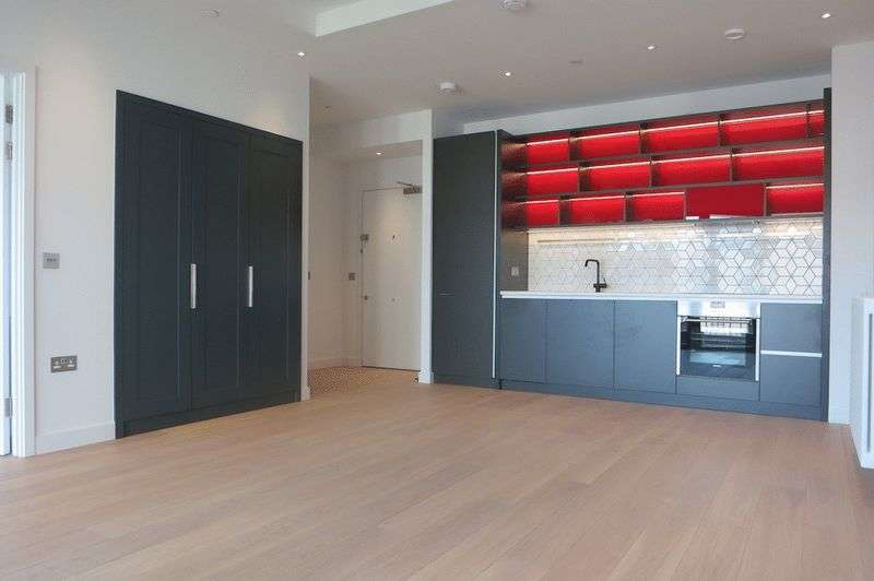 2 Bedrooms Flat for sale in Hercules House, London City Island, E14