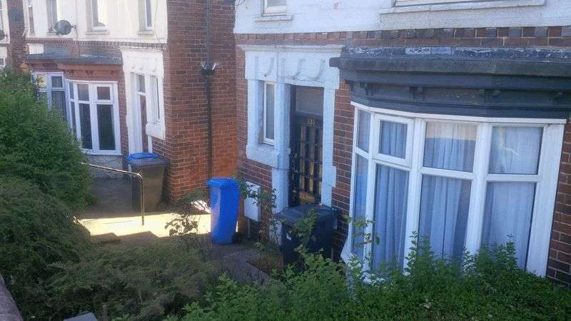 3 Bedrooms Semi Detached House for rent in 3 bedroom terraced house to rent